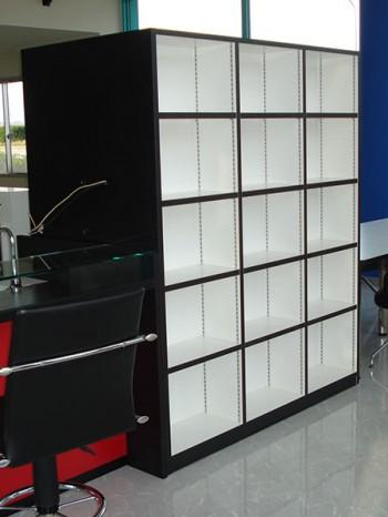 自動車店 収納棚 什器