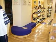 靴販売店ディスプレイ什器