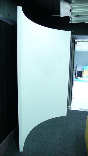 放送局 オフィス 壁面什器
